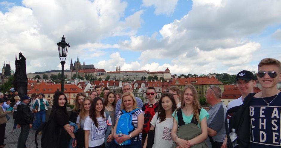zdjęcie grupowe licealistów - wymiana polsko niemiecka Bacalarus
